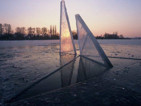 Landart Eisskulpturen